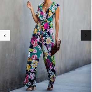 Vici Floral Romper- New (no tags when Purchased)